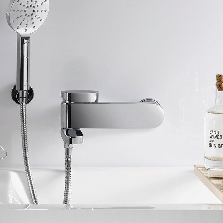 Bath wall faucets